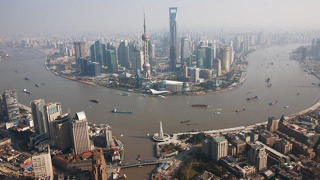586018-shanghai-skyline