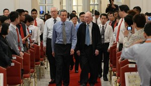 Sự chia rẽ của giới tinh hoa Singapore