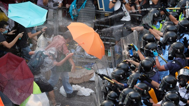 Hong Kong, Sunday, Sept. 28, 2014. (AP Photo/Vincent Yu)