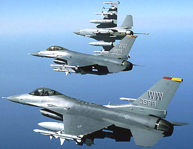 us_f16_fighting_falcons_warplanes