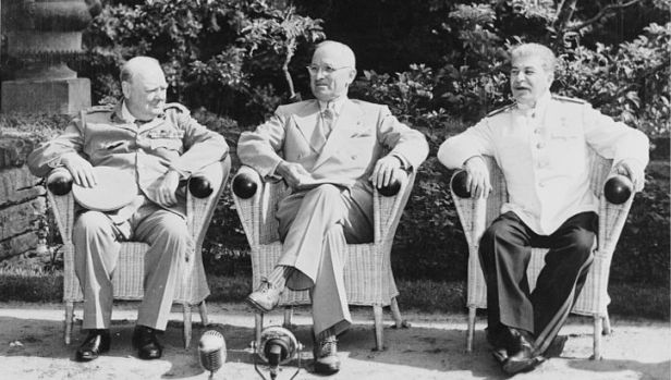 Winston_Churchill,Harry_S._Truman,_Josef_Stalin