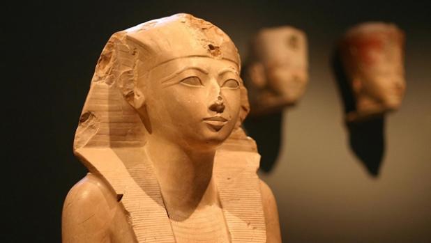 Hatshepsut-queen-mummy