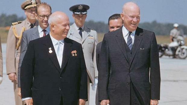 Eisenhower_Welcomes_Khrushchev