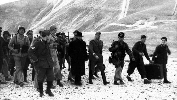 Gran Sasso, Mussolini mit deutschen Fallschirmjägern